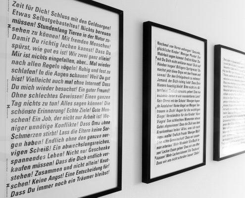 Zahnarztpraxis Dr. Gauchel Düsseldorf - 5 Bilder mit philosophischen Texten an der Wand im Prophylaxezimmer